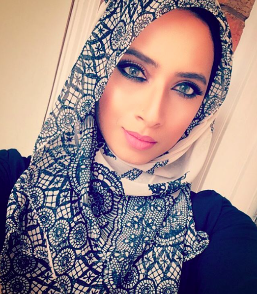 Muslim Blogger Becomes Online Sensation For Nailing Hijab Styling by Ahmed Fattouh in Edmonton AB