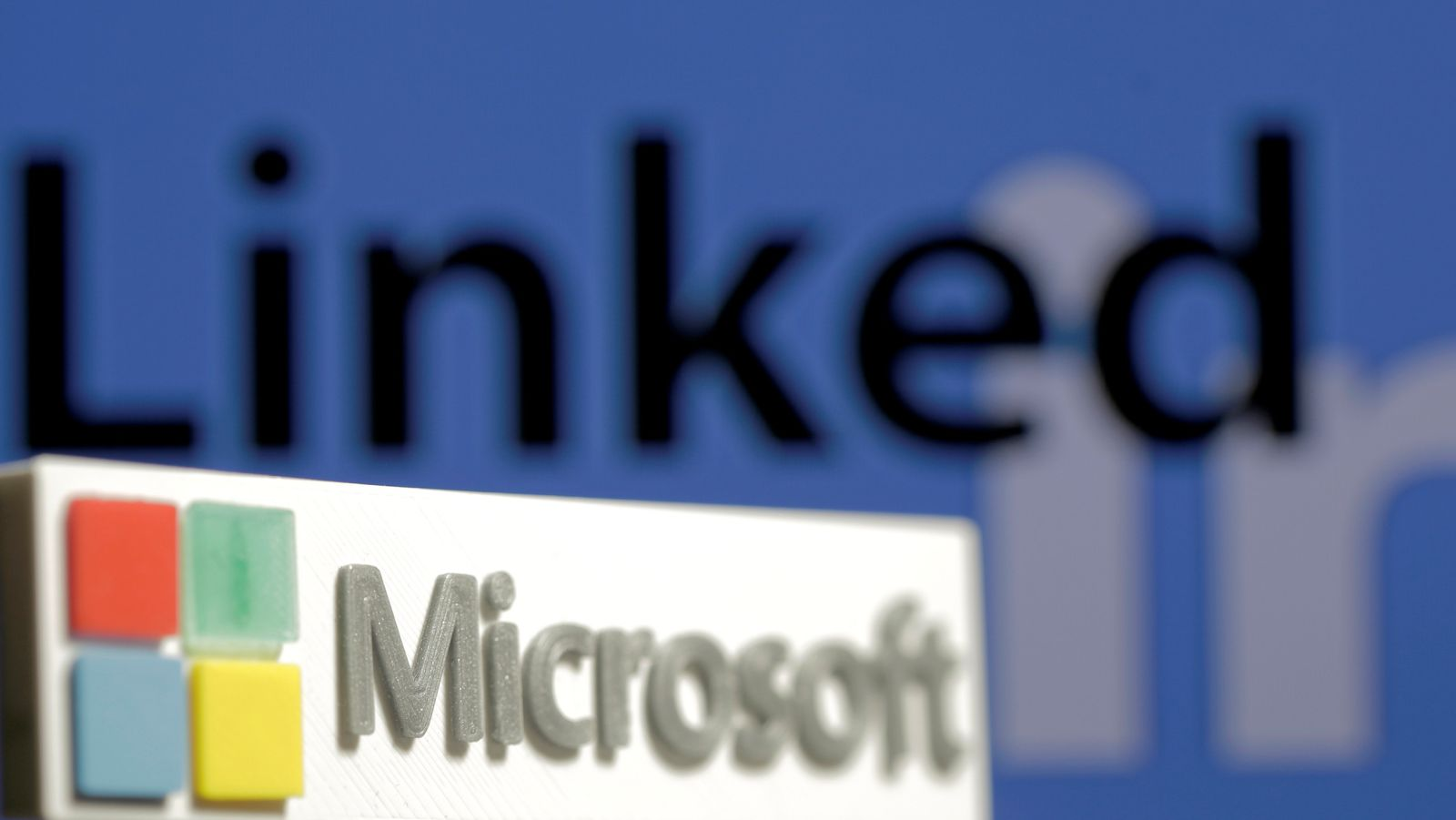 Microsoft to buy networking site LinkedIn for $26.2 billion by Ahmed Fattouh in Edmonton AB