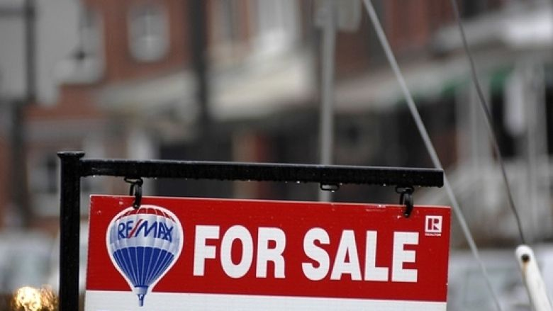 Edmonton housing prices will eventually collapse, expert says by Ahmed Fattouh in Edmonton AB